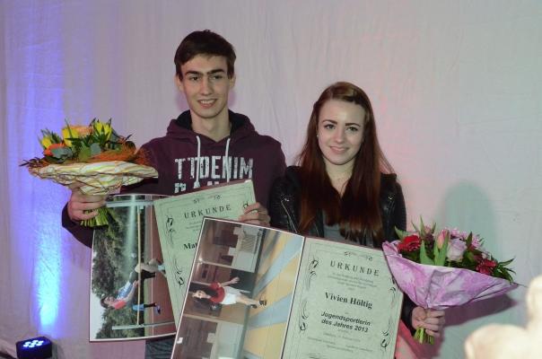 Sie sind Lüneburgs Sportler des Jahres: Leichtathlet Matthis Timmen und LKV-Keglerin Vivien Höltig